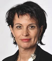 Arena-Moderatorin Sonja Hasler wird von Radio Pilatus-Moderationsleiter Roman Unternährer interviewt. - 15020_19-05-2013_10-48-56_medium