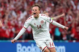Tottenham will target the creative player below with Mikkel Damsgaard and  Noni Madueke on the transfer shopping list - Online Teaching Jobs
