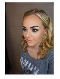 we only employ the best makeup artists who are seasoned with years of experience in the makeup industry whilst only using the top branded makeup s
