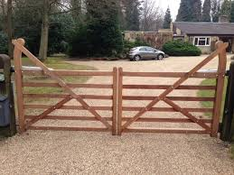 farm fence gate. Farm Gate. 6 Bar Curved Heel. Outside View Fence Gate