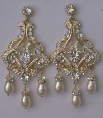gold swarovski pearl chandelier earrings gold swarovski pearl chandelier earrings