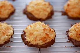 3 ing coconut macaroons condensed milk coconut and chocolate it could not be