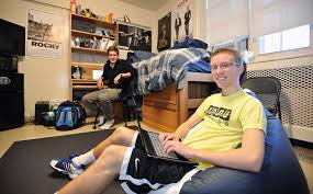 honors housing schreyer honors college shc at penn state roommates lounging in their room