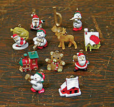Item# MCO Miniature Christmas theme ornaments ...