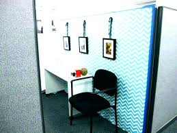 how to decorate office space. Decorating A Small Office An Professional Cubicle Decor How To Decorate . Desk Space