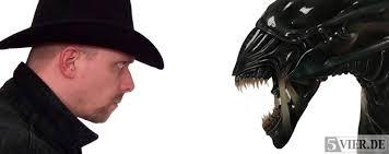 5vier Profi-Nerd <b>Lars Eggers</b> wirft einen Blick auf die Alieninvasion in der <b>...</b> - Aliens-feature