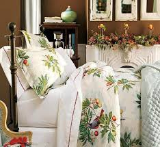 Winter White Decorating With Green And Red Accents, White Bedding Fabrics  ...