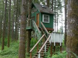 Excellent Together With L Tree House Plans Plus Treehouse Designs Free  Zyinga in Tree House Plans