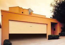 Tampa Garage Door Services – Lightning Garage Doors