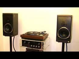 kef 105 speakers. kef model 303, ampli meridian 105 mcintosh c27 ,tp 725 um kef speakers