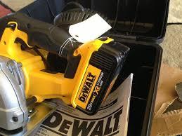 dewalt 20v max saw. everyone dewalt 20v max saw