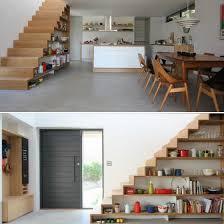 Weit schwieriger als der raum unter einer geschlossenen treppe lässt sich der unter einer offenen treppe gestalten. Stauraum Unter Treppe 65 Ideen Fur Garderobe Regal Schrank Und Co