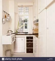 Badezimmerschrank Holz Vintage Drewkasunic Designs