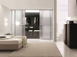 Begehbarer Kleiderschrank Ideal Für Moderne Schlafzimmer Idfdesign