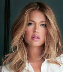 Doutzen Kroes Dark Blonde Hair Colour