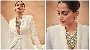 Cannes <b>2019</b>: Sonam Kapoor adds wings to bold <b>white</b> power <b>suit</b> ...