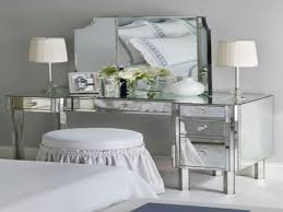 Makeup Vanities For Bedrooms With Lights Bedroom Makeup Vanity With Lights