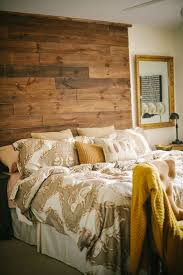 diy reclaimed wood pallet headboards