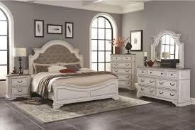Isabella 5-Piece King Bedroom Set at Gardner-White