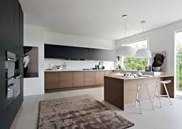 modern black white. Modern White And Black Kitchen. Kitchen L T