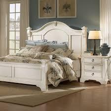 Heirloom Bedroom Set - Antique White, Posts, Bracket Feet | DCG Stores