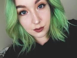 simple everyday glowy makeup