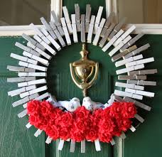 valentine wreaths for your front doorValentine Door Wreath Ideas  thesouvlakihousecom