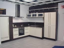 Weiße Fliesen Küche Schwarz Weiae Spiegel Edelstahl Kuche Modernes