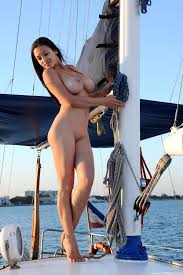 Nude Girl On The Boat Xxx Pics