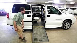 2008 Chevy Uplander Braun Entervan - YouTube