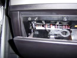 location of fuse box for cigarett lighter bmw forums here s some photo s sorry they are a bit out of focus but it was dark