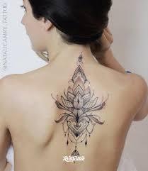фото татуировки орнамент в стиле орнаментал татуировки на спине
