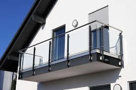 Dies ermöglicht durch eine anpassung der materialstärken die realisierung großer. Balkongelander Kosten Preise Schweiz 2020 Local Ch
