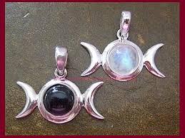 rainbow moonstone triple moon pendant