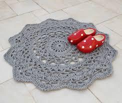 diy pastel crochet doily rug for vintage spaces via creativejewishmom com