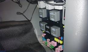 trailer fuse box wiring diagram simonand 2001 F150 Fuse Layout at 2008 Ford F150 Fuse Box For Trailers