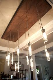 Link > http://liagriffith.com/make-an-industrial-edison-style-chandelier/