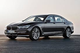 BMW recalls its 7 Series flagship to replace faulty airbag controllers