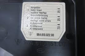 90 porsche 911 964 c2 fuse box housing engine compartment 90 porsche 911 964 c2 fuse box housing engine compartment 96461015100 >