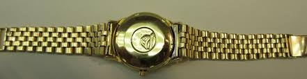 vintage omega constellation cal 561 solid 18k gold men s watch roll over large image to magnify click large image to zoom change background expand description vintage omega constellation