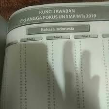 Berikut soal dan kunci jawaban penilaian akhir semester (pas) bahasa indonesia a. Kunci Jawaban Buku Erlangga Fokus Un 2020 Smpmts Gudang Kunci