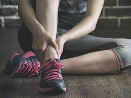 Itchy Ankles: Causes, Rash, and Bumps