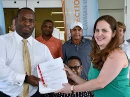 Premier's claims refuted by statistics - Cayman Islands Headline News :  Cayman News Service