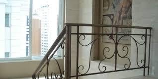 """Fabricação e recuperação de escadas de ferro, escadas retas, escadas em 'u"""", escadas em """"l"""", escadas caracol (helicoidais), escadas marinheiro, escadas industriais e escadas santos dumont. Ferro Forjado Maktub Moveis"""