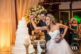 Casamento de Priscilla + Lucas e Natália + Leonardo • Casando em BH | Blog  de casamento | Por Bel Ornelas | Vestido casamento civil, Casamento,  Casamento duplo