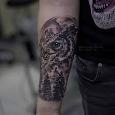 татуировки сова и лес в стиле дотворк реализм черно серая мужские