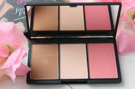 i d been curious about this sleek face forming contouring blush palette for some time and finally treated myself to it last week