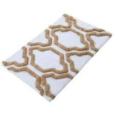 bath rug in white beige