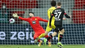 The fourth round of the bundesliga kicks off with bayer leverkusen meeting borussia dortmund. Bvb In Leverkusen Erschreckend Einfach Ausgespielt Sport Sz De