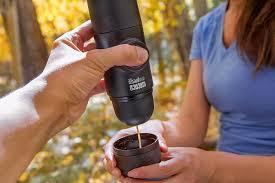 Ручная мини-кофемашина <b>Wacaco</b> (<b>MINIPRESSO</b>-<b>GR</b>), молотый ...